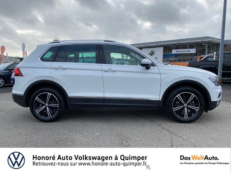 Photo 8 de l'offre de VOLKSWAGEN Tiguan 2.0 TDI 190ch Carat Exclusive 4Motion DSG7 à 26890€ chez Honore Auto - Volkswagen Quimper