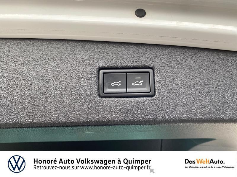 Photo 15 de l'offre de VOLKSWAGEN Tiguan 2.0 TDI 190ch Carat Exclusive 4Motion DSG7 à 26890€ chez Honore Auto - Volkswagen Quimper