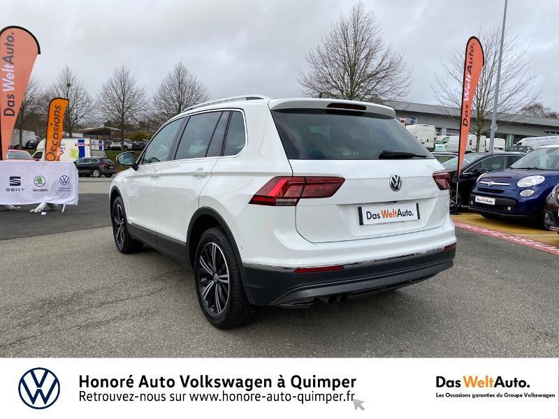 Photo 22 de l'offre de VOLKSWAGEN Tiguan 2.0 TDI 190ch Carat Exclusive 4Motion DSG7 à 26890€ chez Honore Auto - Volkswagen Quimper