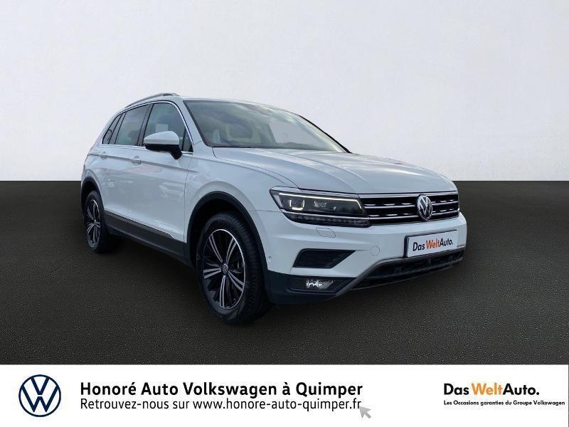 Photo 1 de l'offre de VOLKSWAGEN Tiguan 2.0 TDI 190ch Carat Exclusive 4Motion DSG7 à 26890€ chez Honore Auto - Volkswagen Quimper