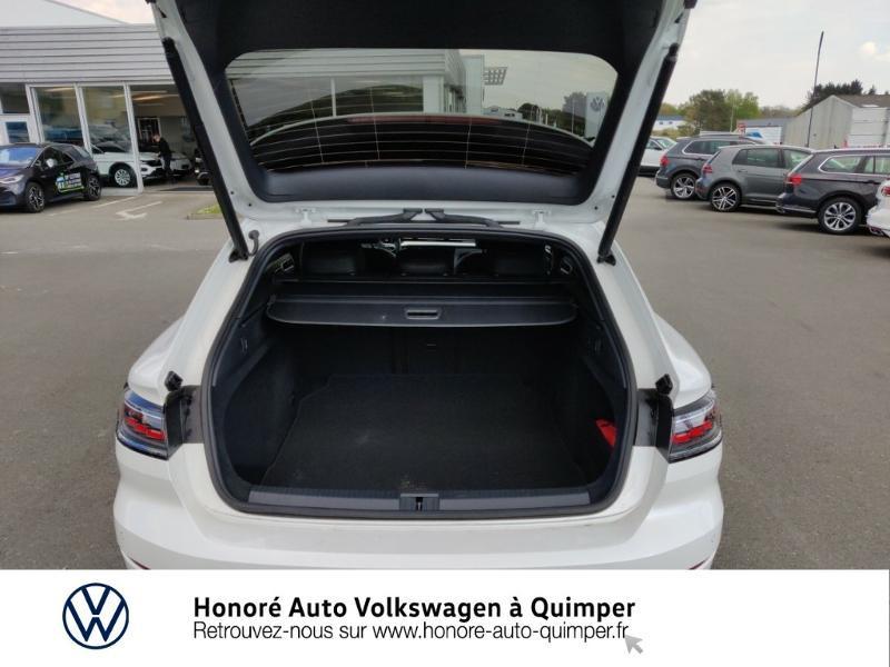 Photo 13 de l'offre de VOLKSWAGEN Arteon Shooting Brake 2.0 TDI 150ch DSG7 R-Line à 42900€ chez Honore Auto - Volkswagen Quimper
