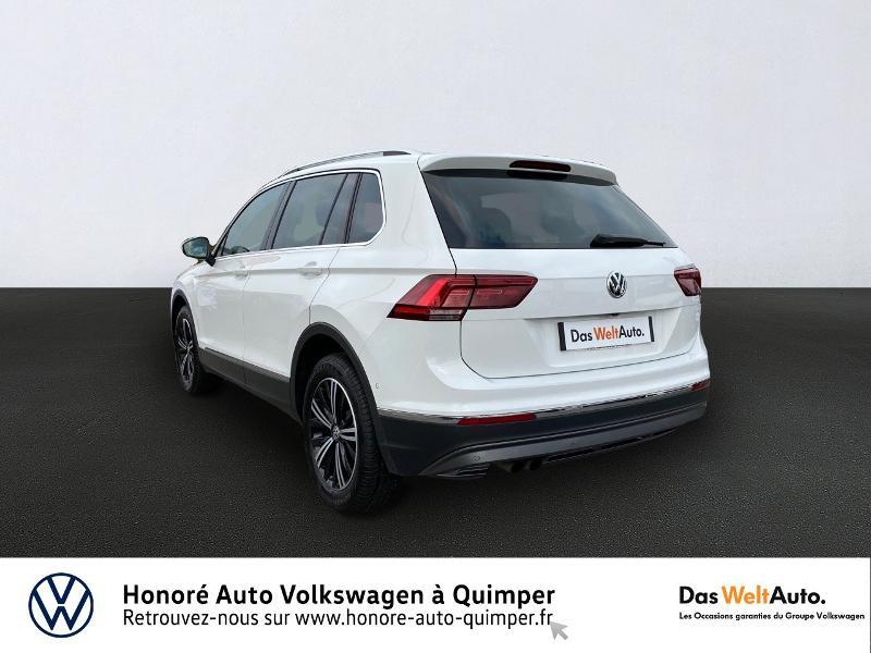 Photo 5 de l'offre de VOLKSWAGEN Tiguan 2.0 TDI 190ch Carat Exclusive 4Motion DSG7 à 26890€ chez Honore Auto - Volkswagen Quimper
