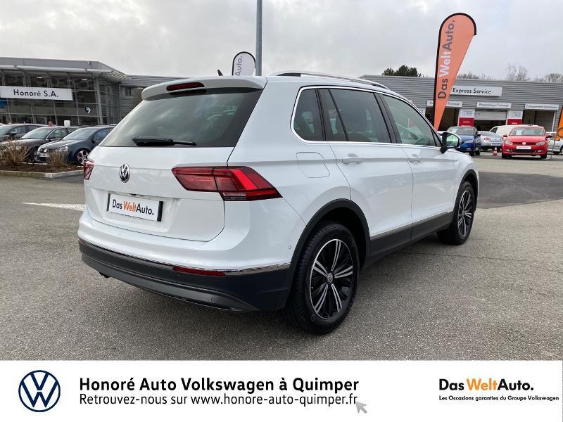 Photo 7 de l'offre de VOLKSWAGEN Tiguan 2.0 TDI 190ch Carat Exclusive 4Motion DSG7 à 26890€ chez Honore Auto - Volkswagen Quimper