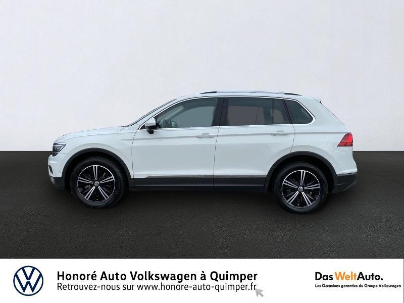 Photo 4 de l'offre de VOLKSWAGEN Tiguan 2.0 TDI 190ch Carat Exclusive 4Motion DSG7 à 26890€ chez Honore Auto - Volkswagen Quimper