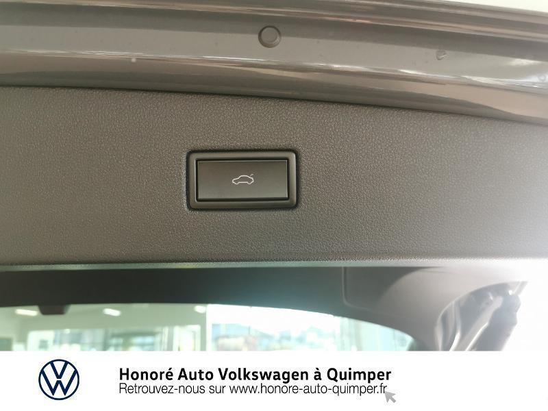 Photo 19 de l'offre de VOLKSWAGEN Tiguan 2.0 TDI 200ch Elegance 4Motion DSG7 à 46900€ chez Honore Auto - Volkswagen Quimper