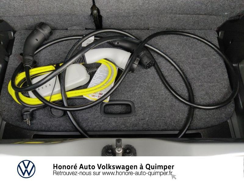 Photo 15 de l'offre de VOLKSWAGEN e-up! Electrique 83ch 4cv à 17900€ chez Honore Auto - Volkswagen Quimper