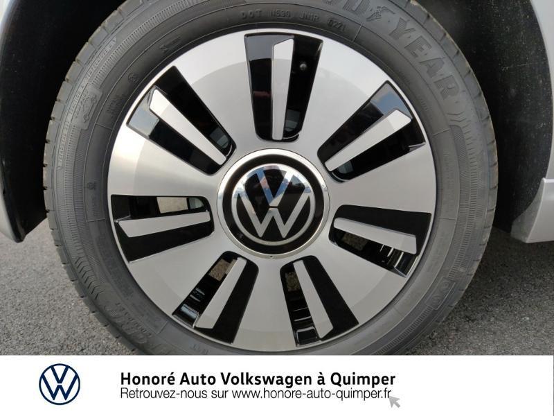 Photo 13 de l'offre de VOLKSWAGEN e-up! Electrique 83ch 4cv à 17900€ chez Honore Auto - Volkswagen Quimper