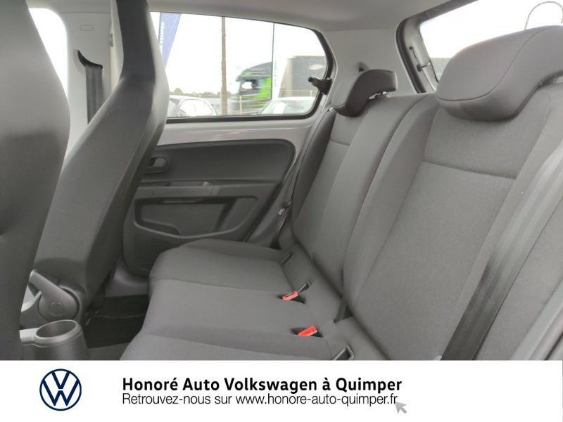 Photo 11 de l'offre de VOLKSWAGEN e-up! Electrique 83ch 4cv à 17900€ chez Honore Auto - Volkswagen Quimper