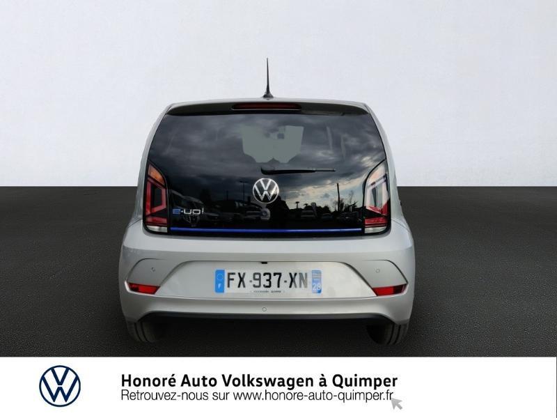 Photo 5 de l'offre de VOLKSWAGEN e-up! Electrique 83ch 4cv à 17900€ chez Honore Auto - Volkswagen Quimper