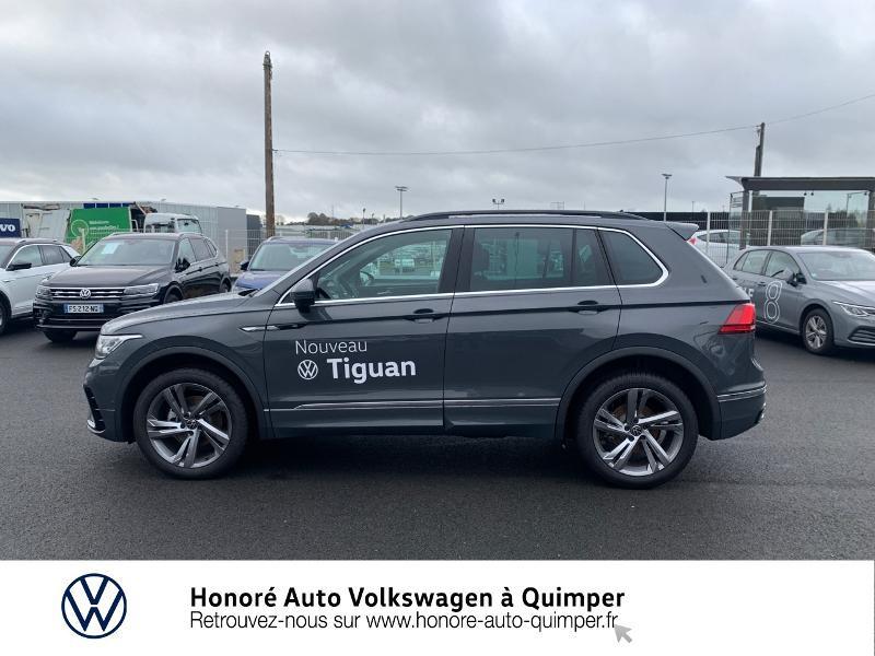 Photo 18 de l'offre de VOLKSWAGEN Tiguan 2.0 TDI 150ch R-Line 4Motion DSG7 à 39900€ chez Honore Auto - Volkswagen Quimper