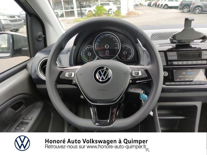 Photo 7 de l'offre de VOLKSWAGEN e-up! Electrique 83ch 4cv à 17900€ chez Honore Auto - Volkswagen Quimper