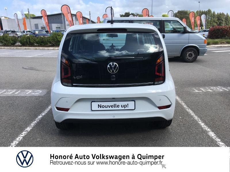Photo 22 de l'offre de VOLKSWAGEN up! 1.0 65ch BlueMotion Technology Active 5p à 13600€ chez Honore Auto - Volkswagen Quimper