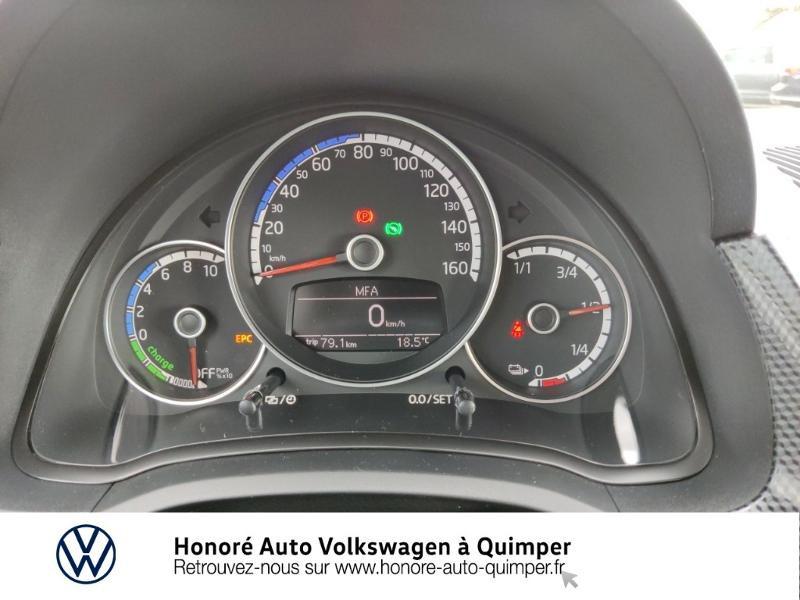 Photo 9 de l'offre de VOLKSWAGEN e-up! Electrique 83ch 4cv à 17900€ chez Honore Auto - Volkswagen Quimper