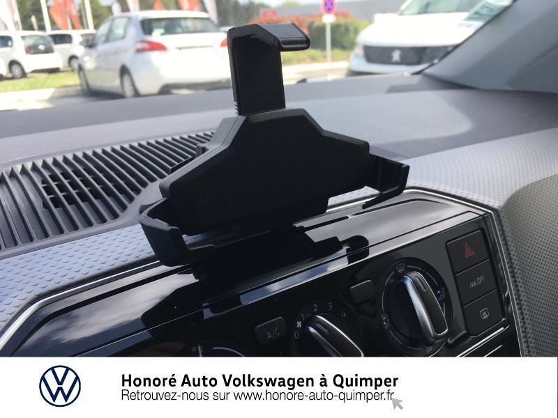 Photo 17 de l'offre de VOLKSWAGEN up! 1.0 65ch BlueMotion Technology Active 5p à 13600€ chez Honore Auto - Volkswagen Quimper