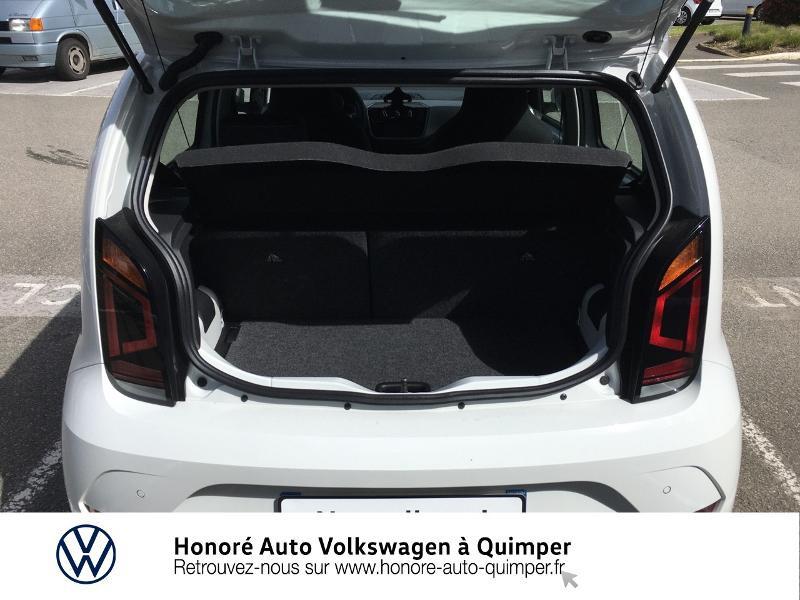 Photo 6 de l'offre de VOLKSWAGEN up! 1.0 65ch BlueMotion Technology Active 5p à 13600€ chez Honore Auto - Volkswagen Quimper