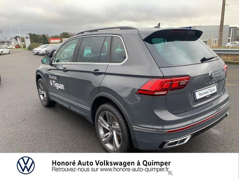 Photo 19 de l'offre de VOLKSWAGEN Tiguan 2.0 TDI 150ch R-Line 4Motion DSG7 à 39900€ chez Honore Auto - Volkswagen Quimper