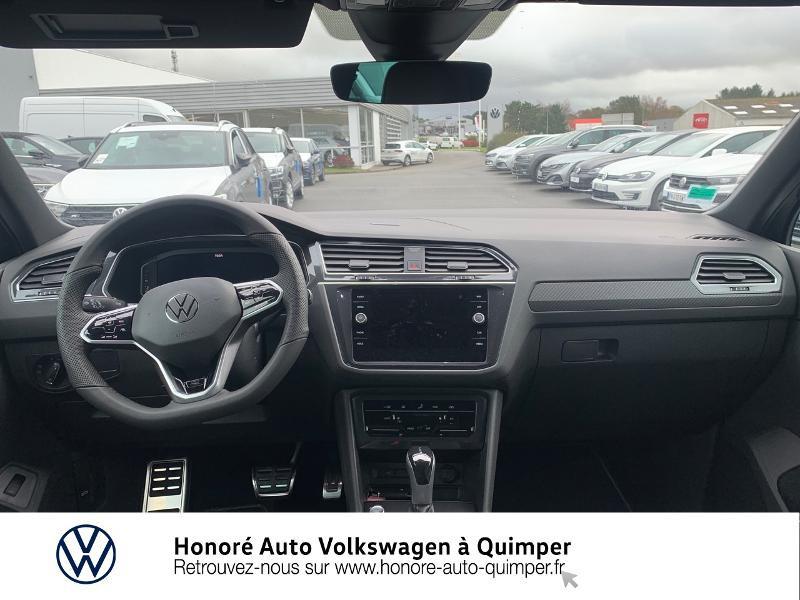 Photo 6 de l'offre de VOLKSWAGEN Tiguan 2.0 TDI 150ch R-Line 4Motion DSG7 à 39900€ chez Honore Auto - Volkswagen Quimper