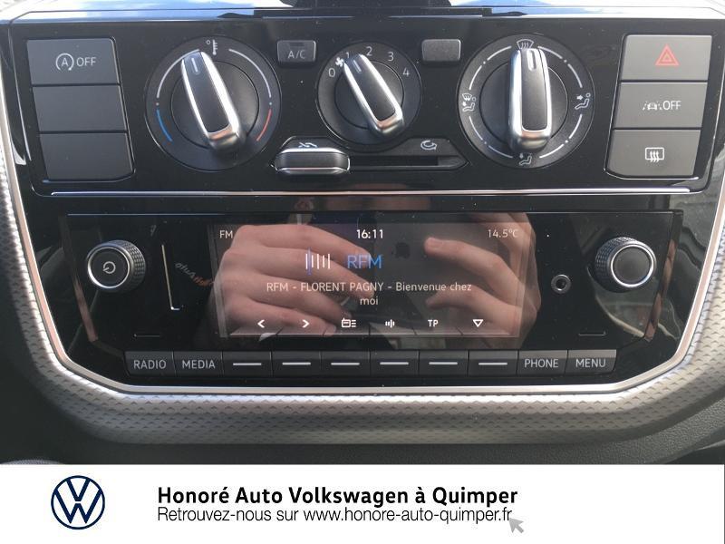 Photo 14 de l'offre de VOLKSWAGEN up! 1.0 65ch BlueMotion Technology Active 5p à 13600€ chez Honore Auto - Volkswagen Quimper
