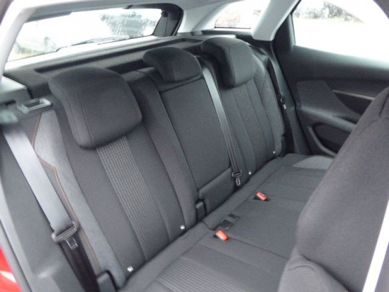 Photo 8 de l'offre de PEUGEOT 3008 1.5 BLUEHDI 130CH E6.C  BUSINESS PACK S&S EAT8 à 28980€ chez CSVO