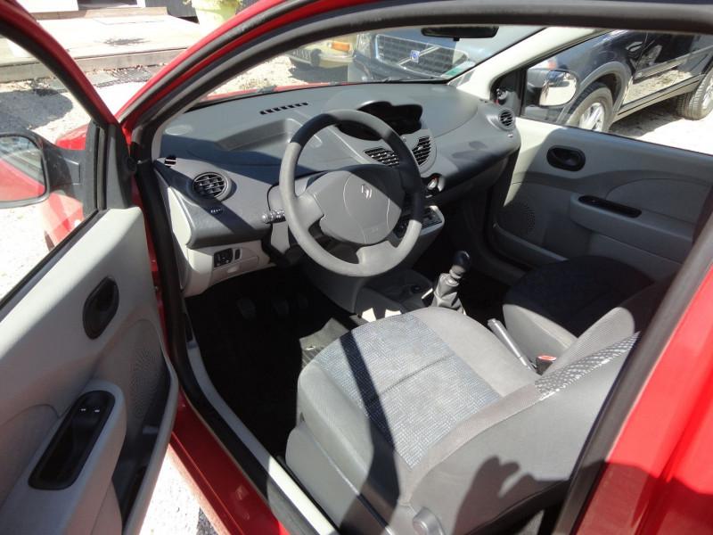 Photo 2 de l'offre de RENAULT TWINGO 1.2 LEV 16V 75CH AUTHENTIQUE à 2500€ chez TPL AUTO
