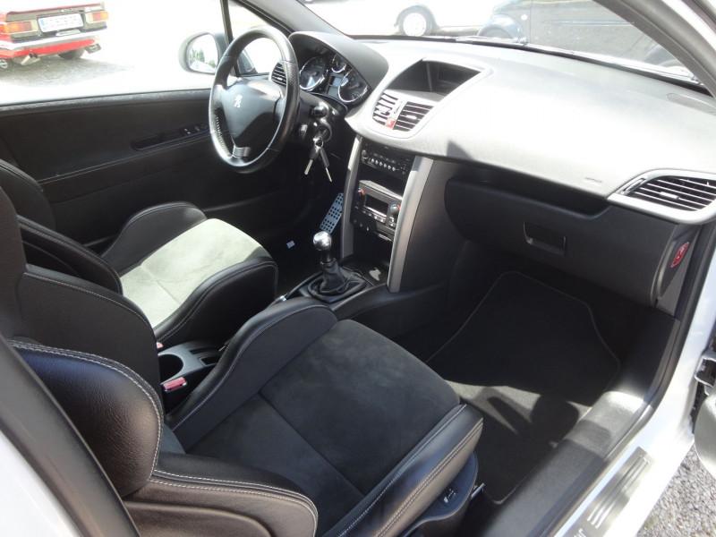 Photo 2 de l'offre de PEUGEOT 207 1.6 THP 16V 175CH RC 3P à 9400€ chez TPL AUTO