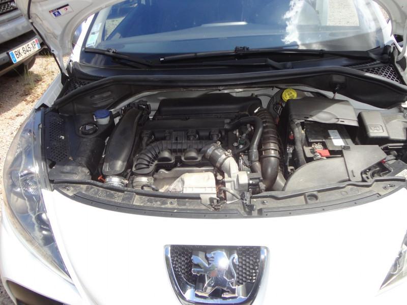 Photo 12 de l'offre de PEUGEOT 207 1.6 THP 16V 175CH RC 3P à 9400€ chez TPL AUTO