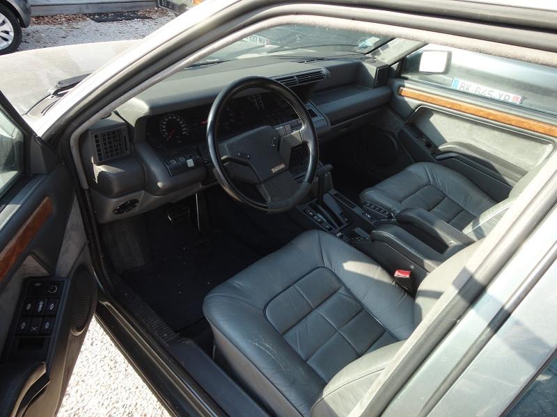 Photo 8 de l'offre de RENAULT R25 V6 BACARRA à 5500€ chez TPL AUTO