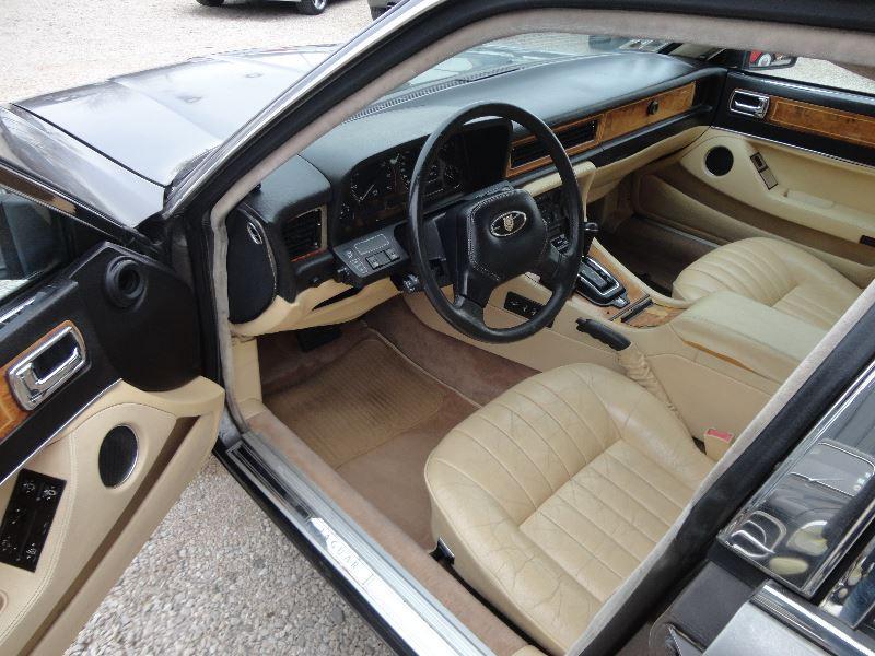 Photo 2 de l'offre de JAGUAR XJ SOVEREIGN 3.2 à 4000€ chez TPL AUTO