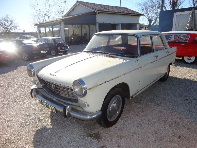 Photo 8 de l'offre de PEUGEOT 404 BERLINE à 4500€ chez TPL AUTO