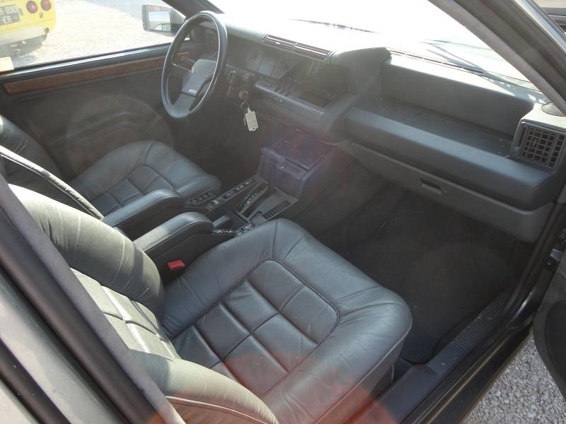 Photo 2 de l'offre de RENAULT R25 V6 BACARRA à 5500€ chez TPL AUTO