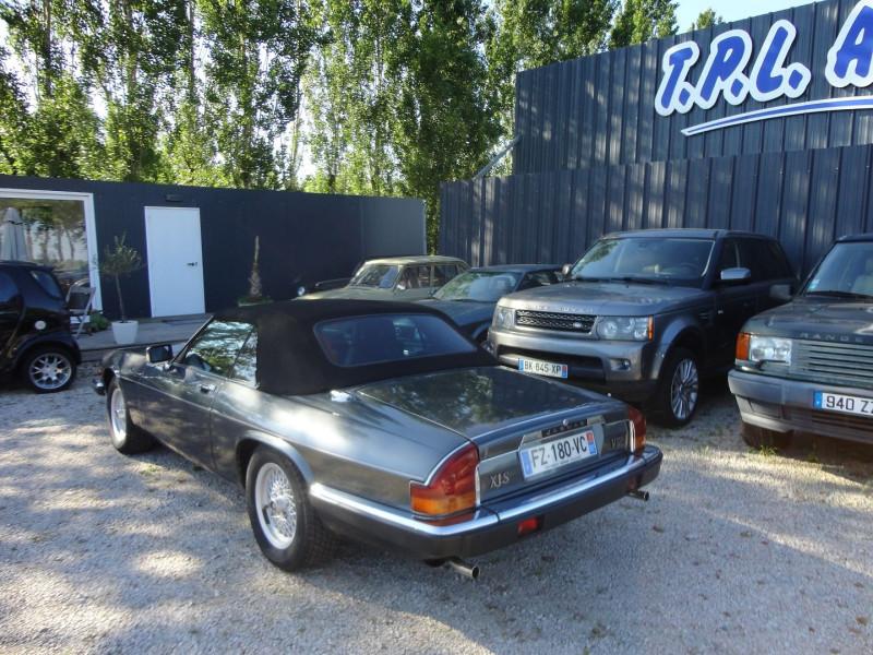 Photo 6 de l'offre de JAGUAR XJS CABRIOLET V12 6.0 CABRIOLET BA à 34000€ chez TPL AUTO