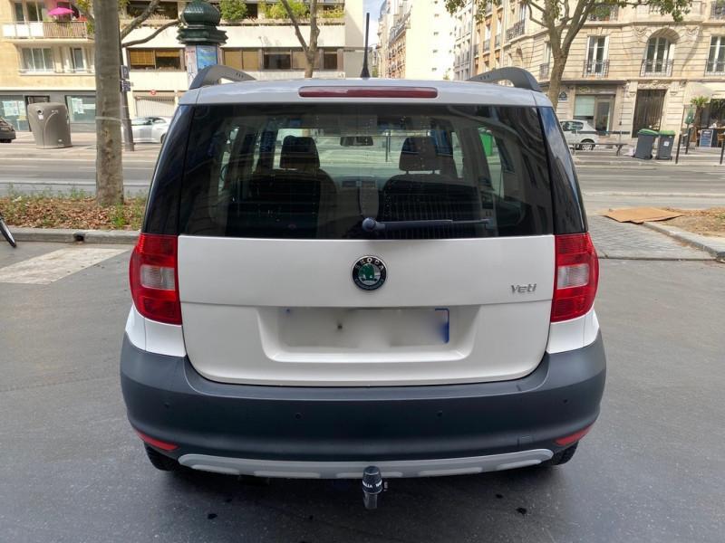 Photo 6 de l'offre de SKODA YETI 1.2 TSI AMBITION 4X2 à 8490€ chez Iptrans Auto Paris