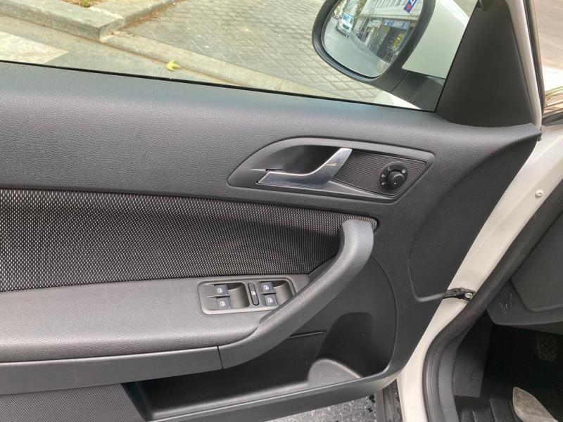 Photo 16 de l'offre de SKODA YETI 1.2 TSI AMBITION 4X2 à 8490€ chez Iptrans Auto Paris
