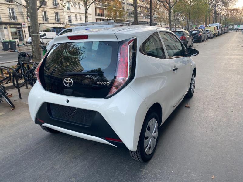 Photo 3 de l'offre de TOYOTA AYGO 1.0 VVT-I 69CH X 3P à 5990€ chez Iptrans Auto Paris