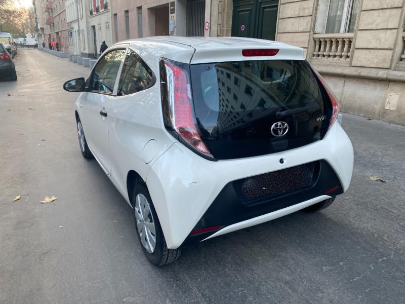 Photo 2 de l'offre de TOYOTA AYGO 1.0 VVT-I 69CH X 3P à 5990€ chez Iptrans Auto Paris