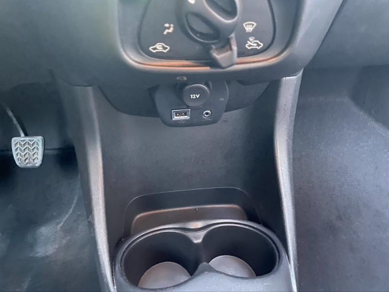 Photo 13 de l'offre de TOYOTA AYGO 1.0 VVT-I 69CH X 3P à 5990€ chez Iptrans Auto Paris