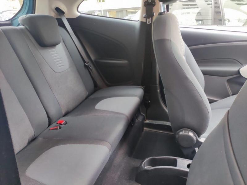 Photo 10 de l'offre de FORD KA 1.2 69CH TITANIUM à 4990€ chez Iptrans Auto Paris
