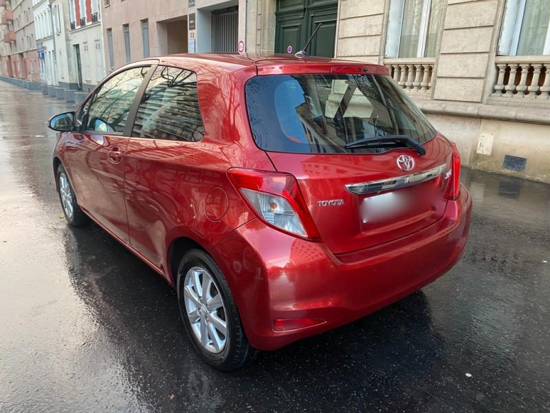 Photo 2 de l'offre de TOYOTA YARIS 69 VVT-I DYNAMIC 3P à 6990€ chez Iptrans Auto Paris