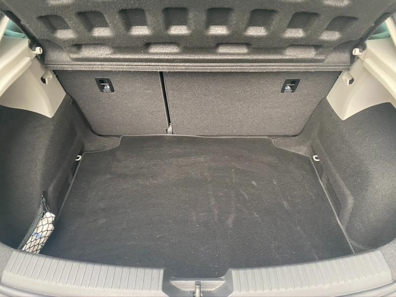 Photo 16 de l'offre de SEAT LEON 1.2 TSI 110CH I-TECH START&STOP à 10990€ chez Iptrans Auto Paris
