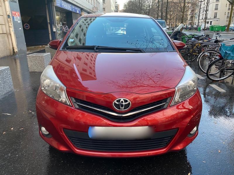 Photo 6 de l'offre de TOYOTA YARIS 69 VVT-I DYNAMIC 3P à 6990€ chez Iptrans Auto Paris