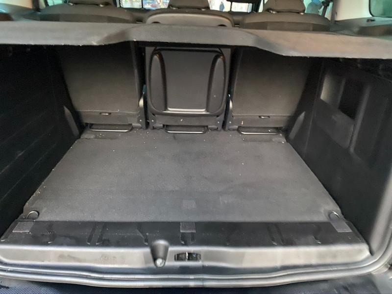 Photo 17 de l'offre de CITROEN BERLINGO BLUEHDI 120CH XTR S&S à 13490€ chez Iptrans Auto Paris