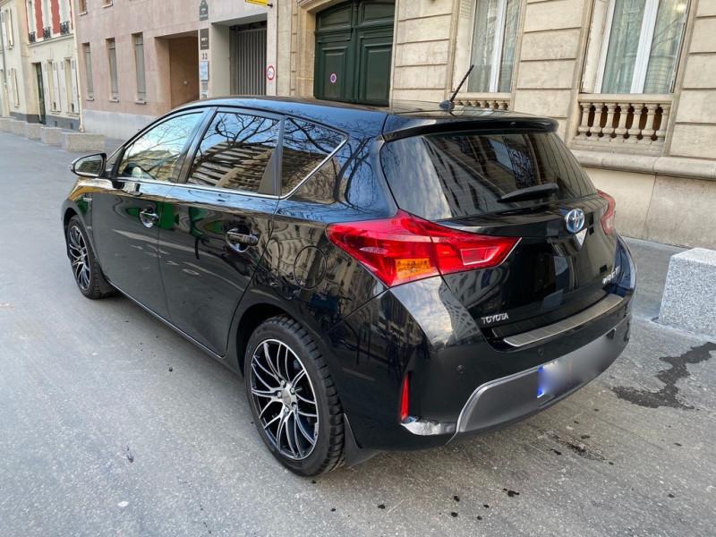 Photo 4 de l'offre de TOYOTA AURIS HSD 136H EXECUTIVE CONNECT 5P à 12990€ chez Iptrans Auto Paris