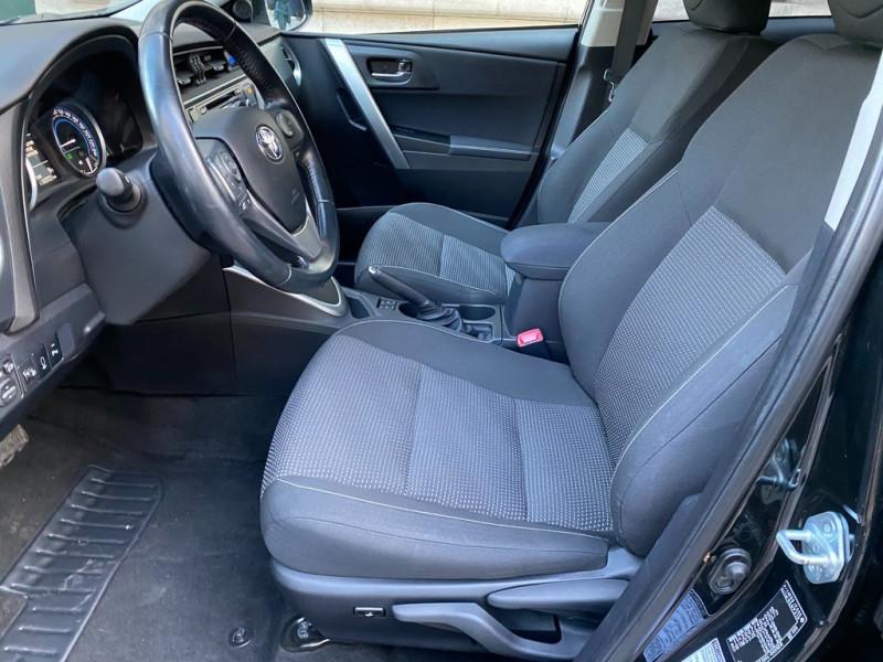 Photo 7 de l'offre de TOYOTA AURIS HSD 136H EXECUTIVE CONNECT 5P à 12990€ chez Iptrans Auto Paris