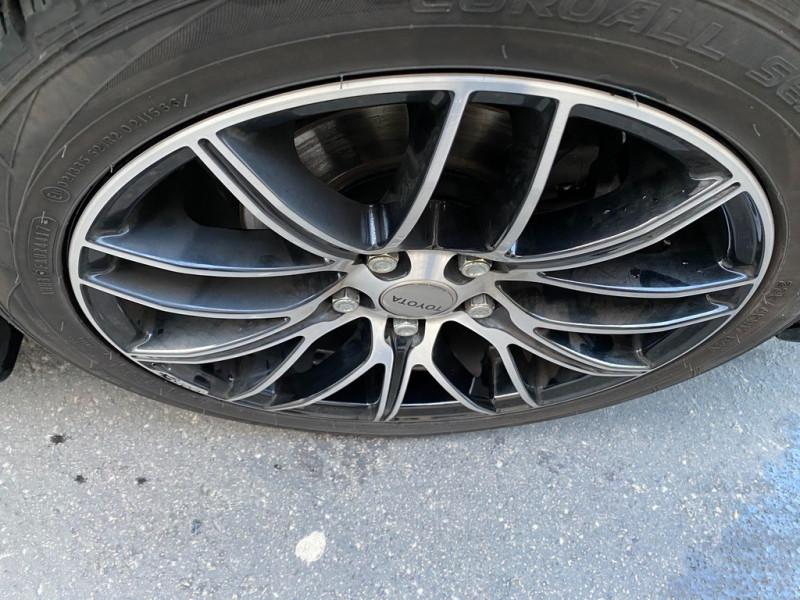 Photo 14 de l'offre de TOYOTA AURIS HSD 136H EXECUTIVE CONNECT 5P à 12990€ chez Iptrans Auto Paris