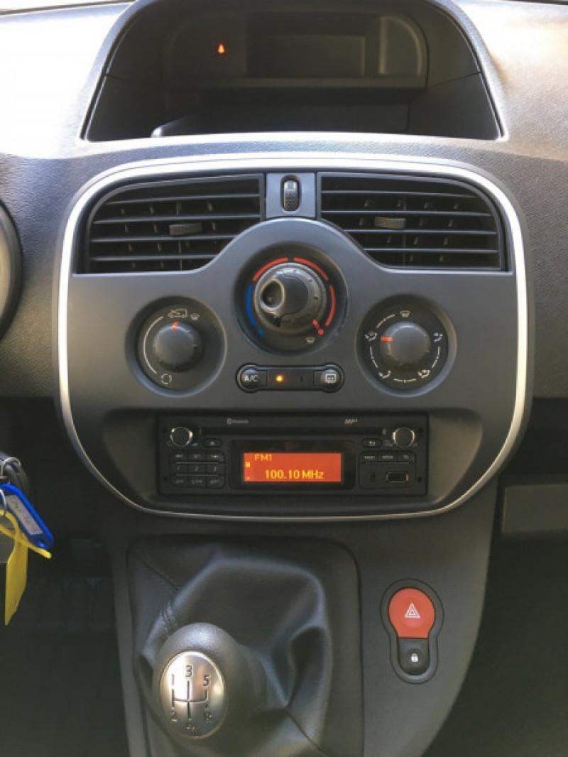 Photo 12 de l'offre de RENAULT KANGOO II 1.5 DCI 90CH ENERGY ZEN FT EURO6 à 12490€ chez Iptrans Auto Paris