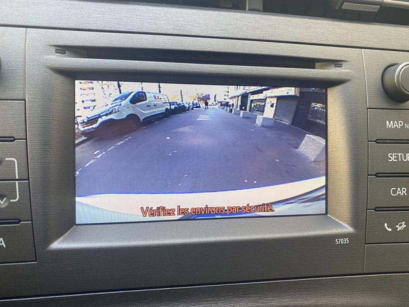 Photo 9 de l'offre de TOYOTA PRIUS 136H DYNAMIC 17  à 12490€ chez Iptrans Auto Paris
