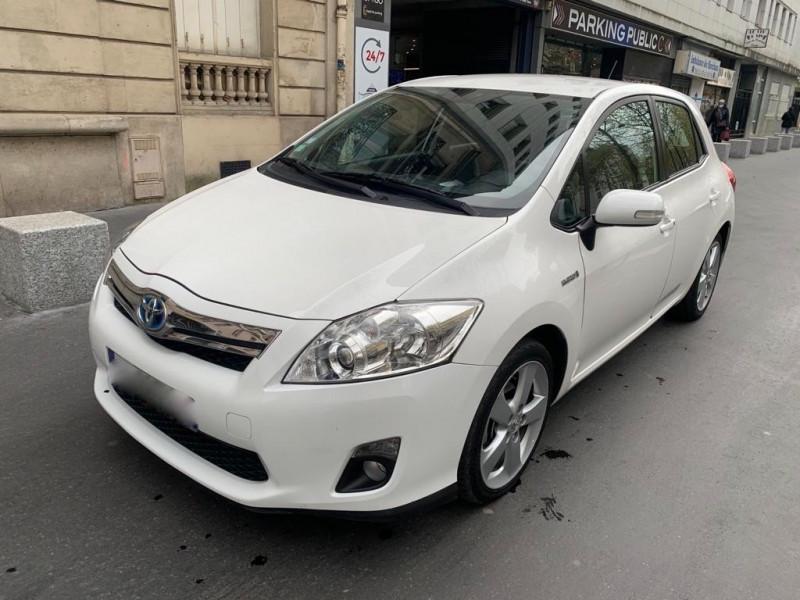Toyota AURIS HSD 136H EXECUTIVE 5P Hybride BLANC Occasion à vendre