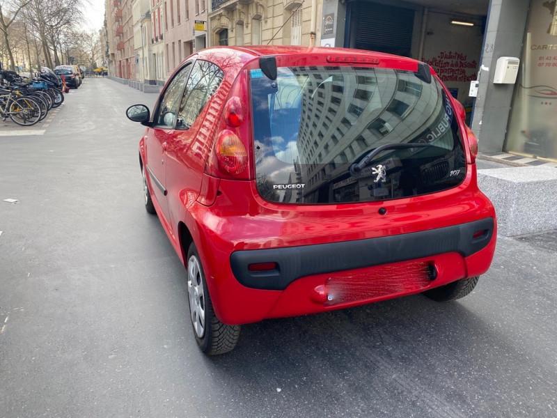 Photo 2 de l'offre de PEUGEOT 107 1.0 12V TRENDY 3P à 3990€ chez Iptrans Auto Paris