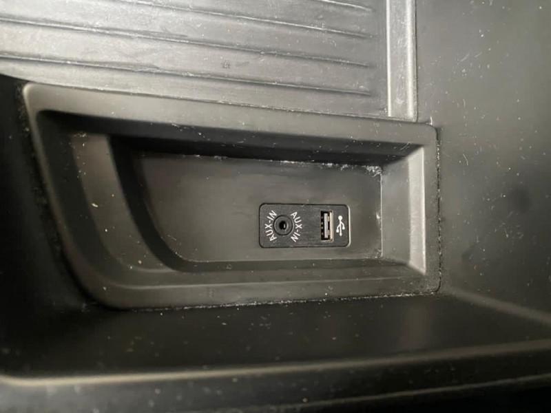 Photo 9 de l'offre de BMW SERIE 1 (F21/F20) 116I 136CH LOUNGE 5P à 12990€ chez Iptrans Auto Paris