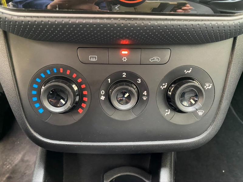 Photo 9 de l'offre de FIAT PUNTO EVO 1.4 8V 77CH DYNAMIC 3P à 4490€ chez Iptrans Auto Paris